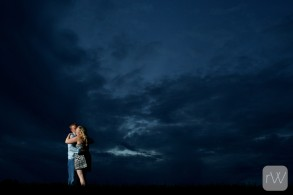 sunset_silhouette_couple_love_warm_embrace_together_relaxed_night_portrait_perth_engagement_wedding_photographer_rob_whelan_photo