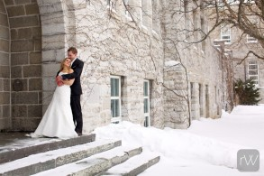 love_feeling_limestone_embrace_connection_groom_bride_portrait_makeportraits_snow_queens_university_grant_hall_winter_wedding_ygk_kingston_rob_whelan_photo