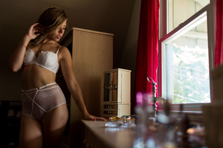 kingston-boudoir-photography-closett-candyy-intimate-lifestyle-do-more-wear-less-rob-whelan-1