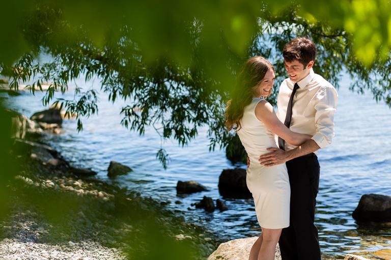 Lakeside_elopement_lemoines_point_ygk_kingston_rob_whelan_photo
