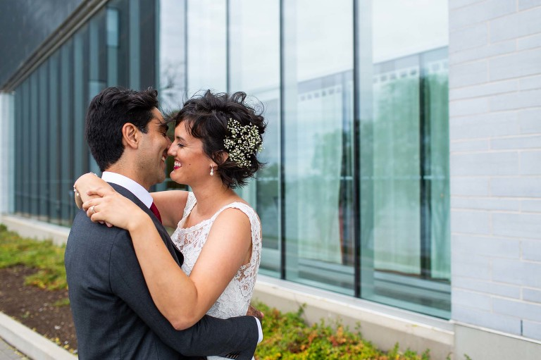 Isabel_Bader_Centre_Wedding_ygk_kingston_queens_university_candid_documentary_photojournalism_RobWhelanPhoto-1-2